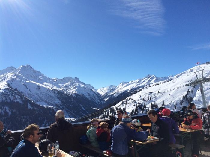 lunch break after morning ski-run